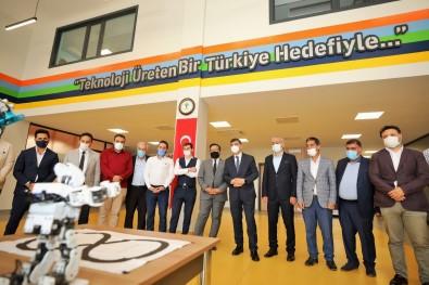 AK Parti Ilçe Yönetimi, Sehitkamil'deki Projeleri Yerinde Inceledi