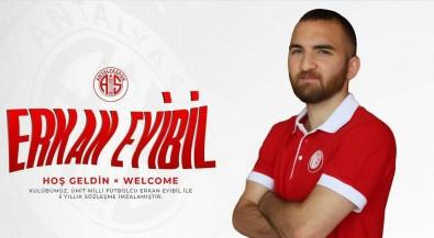 Antalyaspor, Erkan Eyibil'i Kadrosuna Katti