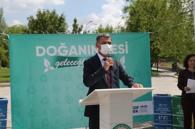 Baskan Simsek Ve Ögrencilerden Temizlik Kampanyasi