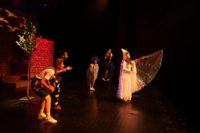 Diyarbakir'da Sehir Tiyatrolari Perdelerini Açiyor