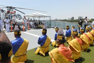 Endonezya Donanmasina Ait Iskender Muda 367 Gemisi Mersin'de