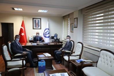 Il Müdürleri Özcan Ve Ofluoglu, Rektör Uzun'u Ziyaret Etti