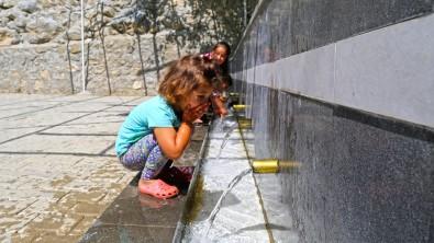 Kahramanmaras'ta Park Ve Meydan Çalismalari Tamamlandi