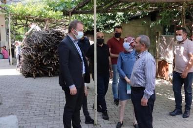 Kaymakam Yelek'ten Hane Ziyareti