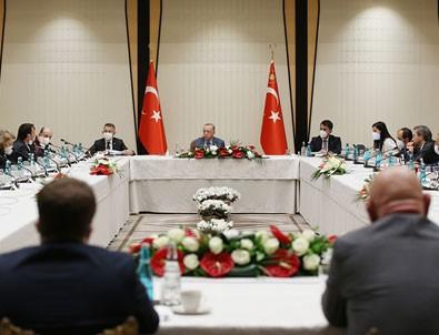 Müsilajla mücadele kapsamında Başkan Erdoğan akademisyenlerle görüştü!