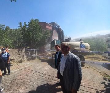 Üsküdar'da Riskli Yapi Alaninda Kentsel Dönüsüm Projesi Baslatildi