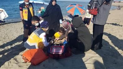 5 Yasindaki Çocuk Denize Düserek Bogulma Tehlikesi Geçirdi