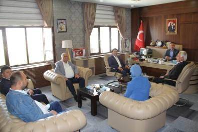 AK Parti Agri Merkez Ilçe Baskani Yildiz'dan Milli Egitim Müdürü Tekin'e Ziyaret