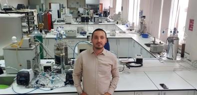 AÜ'nün Antalya'nin Organik Atik Sorunlarina Çözüm Arayan Tezine Üçüncülük Ödülü