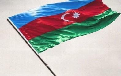 Azerbaycan Açiklamasi 'Ermenistan Askerleri, Kelbecer'deki Azerbaycan Askerlerine Tekrar Ates Açti'