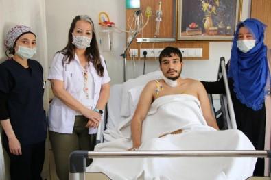 Biçaklanma Sonucu Kalbi Duran Genç, Hastanede Hayata Döndü