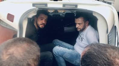Dur Ihtarina Uymayan Sürücü, Ablukaya Alinarak Yakalandi