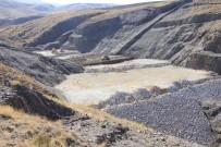 KARASAR - Gülbahçe Ile 5 Bin 770 Dekar Tarim Arazisi Suyla Bulusacak