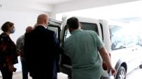ALI UYSAL - Husumetlisini Berberde Biçaklayan Kadin Ve Yardim Ettigi Öne Sürülen 2 Kisi Tutuklandi