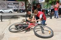 ERDEMIR - Kizilay'in Ilk Yardim Egitimi Gerçegini Aratmadi