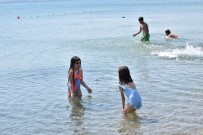 DALYAN - Lapseki Sahillerinde Denize Girmek Yasaklandi