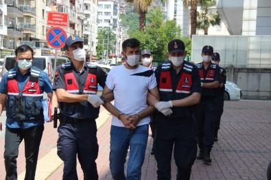 Terör Örgütü PKK Propagandasi Yapan 3 Kisi Adliyeye Sevk Edildi