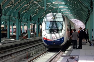 Yüksek Hizli Tren Sivas'ta