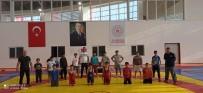 YUNUSEMRE - Yunusemre Gelecegin Sampiyon Güresçilerini Ariyor