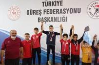 FARUK ÖZLÜ - Düzceli Güresçiler Madalya Ile Dönüyor