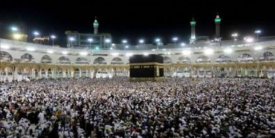 Suudi Arabistan'dan hac kararı! Sadece 'onlar' gidebilecek