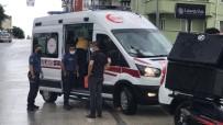 Aniden Duran Otomobile Motosiklet Arkadan Çarpti Açiklamasi 1 Yarali