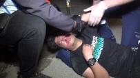 MERINOS - Kontrolü Kaybeden Sürücü Karsi Seride Uçup Baska Otomobile Çarpti Açiklamasi 2 Agir Yarali