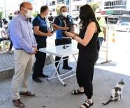 METİN ORAL - Engelli Ve Yaslilarin Pazar Torbalarini Belediye Tasiyor