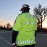 ARAÇ KULLANMAK - Konya'da Trafik Kurallarina Uymayan Bin 453 Sürücüye Ceza