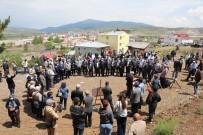 KURBAN KESİMİ - Refahiye'de Cemevi Insaatinin Temeli Atildi