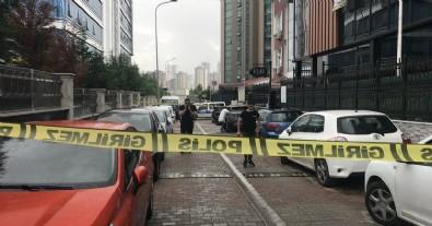 Ataşehir'de gasp dehşeti: Kadın çalışan hayatını kaybetti