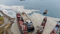 DEMIRLI - Kartal'da Halati Kopmasi Sonucu Baska Bir Gemiye Çarpan Gemi, Drone Ile Havadan Görüntülendi.