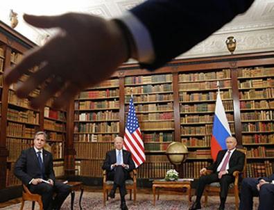 Putin-Biden görüşmesinde şok görüntü! 'Git Buradan!'