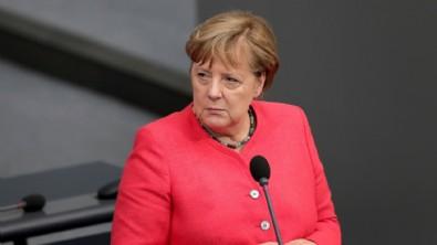 Almanların sadece yüzde 45'i siyasi görüşlerini özgürce ifade edebiliyor