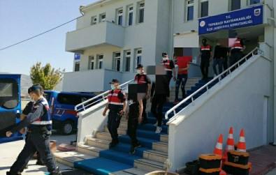 Jandarmanin Bir Aylik Çalismasiyla 12 Ayri Hirsizlik Olayi Çözüldü