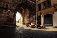 ARNAVUT - Red Bull Racing'in Ilk 2021 Formula 1 Yol Macerasi 'Kaleden Kaleye', Çekya Ve Slovakya'yi Kesfediyor