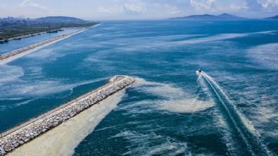 Bakan Kurum: 4 bin 202 metreküp müsilaj temizlendi