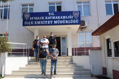 Ayvalik'ta Polisten Fuhus Operasyonu