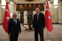 MEHMET ÖZHASEKI - Cumhurbaskani Erdogan, Büyükkiliç'in Da Oldugu 40 Belediye Baskani Ile Görüstü