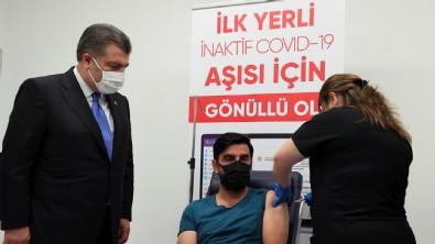 'TURKOVAC'ın Faz-3 kapsamında aşı olan gönüllü konuştu! Yan etki görüldü mü?