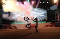 SIMÜLASYON - BMX Super Cross Dünya Kupasi Öncesi Coskulu Lansman