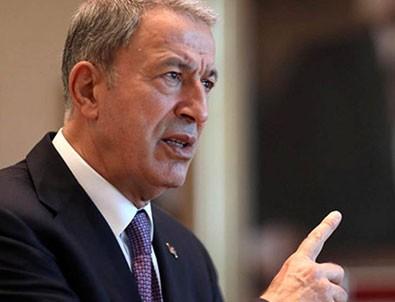 Milli Savunma Bakanı Hulusi Akar'dan flaş açıklama: Enselerindeyiz terörü bitireceğiz!