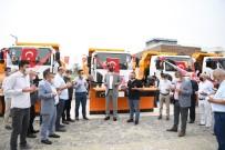 HAFRİYAT KAMYONU - Kartepe'nin Araç Filosu Güçleniyor