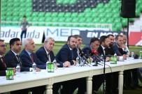 SAKARYASPOR - Sakaryaspor, Transfer Ettigi Futbolcularla Sözlesmeleri Imzaladi