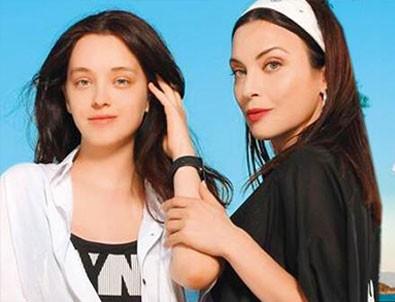 Arzu Yanardağ, kızı ile birlikte modellik yaptı