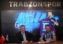 MAREK HAMSIK - Trabzonspor'da Marek Hamsik Imzayi Atti