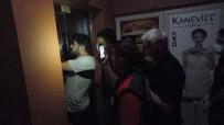 Erzincan'da Asansörde Mahsur Kalan 3 Kisi Uzun Ugraslar Sonucu Kurtarildi