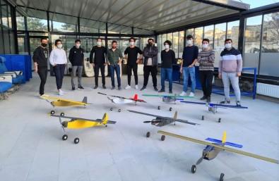 Kapadokya Üniversitesi Ögrencilerinin Ürettigi Model Uçaklar Ürgüp'te Yükseldi