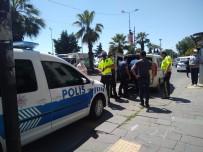 DEVRIM - Polislerle Tartisan Kargo Çalisani Gözaltina Alindi