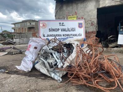 Sinop'ta Çalinti Bakir Kablo Ve Alüminyum Korkuluk Ele Geçirildi